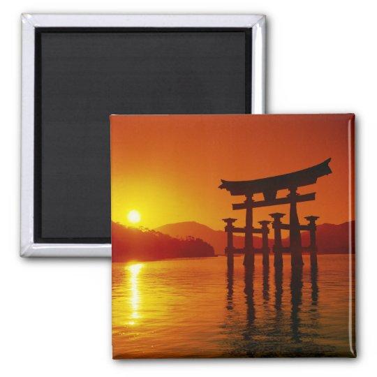 O-Torii Gate, Itsukushima shrine, Miyajima, Square Magnet