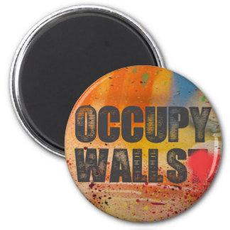OCCUPY WALLS 6 CM ROUND MAGNET