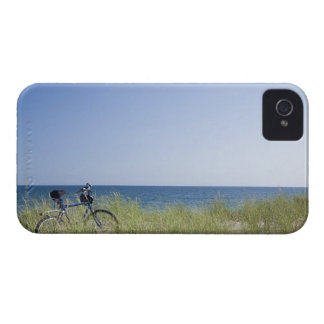 Ocean and horizon with clear blue sky Case-Mate iPhone 4 cases