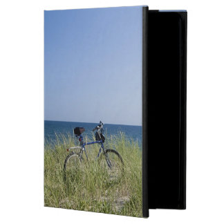 Ocean and horizon with clear blue sky iPad air covers