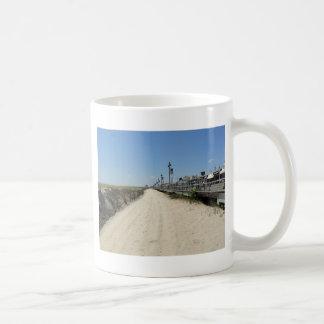 Ocean city Boardwalk Basic White Mug