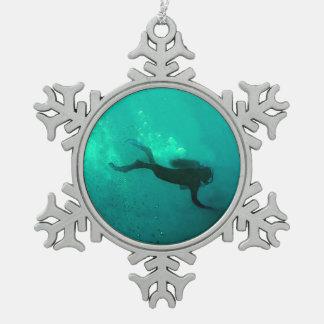Ocean Scuba Diver Snowflake Pewter Christmas Ornament
