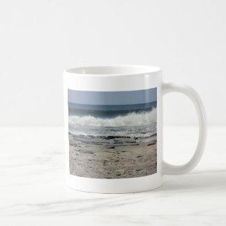 Ocean wave basic white mug
