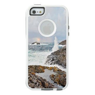 Ocean waves after a storm in blue and gray OtterBox iPhone 5/5s/SE case