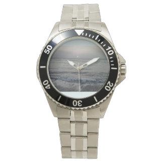 Ocean waves wristwatch