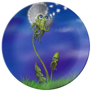 Octopus Dreams Collection Dandelion Plate