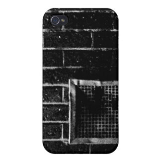 Of the wall cases for iPhone 4