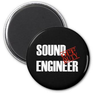 OFF DUTY SOUND ENGINEER DARK 6 CM ROUND MAGNET