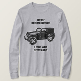 Off Roading and SUV Enthusiast T-Shirt