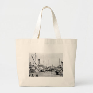 Off to Cuba: 1913 Large Tote Bag