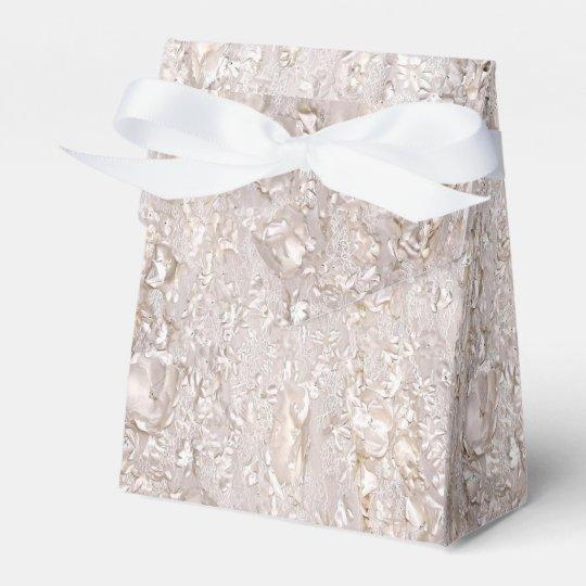 Off White Fine Lace Texture Wedding Favour Box