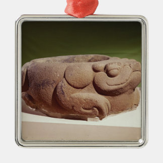 Offering vessel in the form of a giant toad, Silver-Colored square decoration