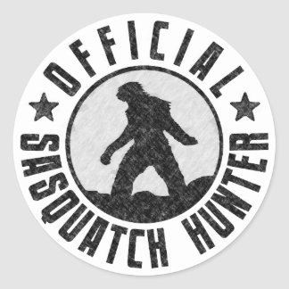 Official Sasquatch Hunter - Bigfoot in B/W Grunge Classic Round Sticker