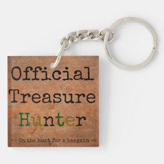 Official Treasure Hunter Keychain
