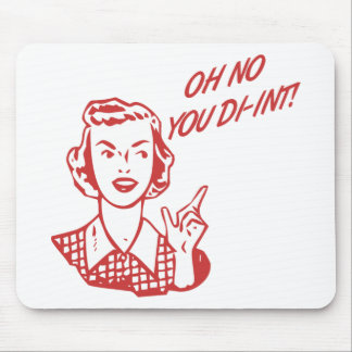 OH NO YOU DI-INT Retro Housewife Red Mousepads