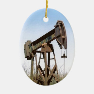 Oil Pumping Rig Ceramic Oval Decoration