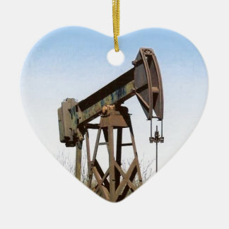 Oil Pumping Rig Ceramic Heart Decoration