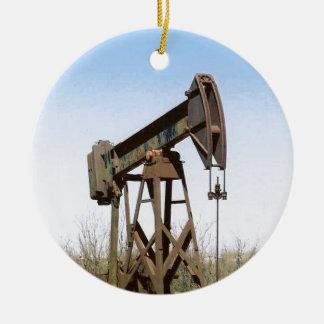 Oil Pumping Rig Round Ceramic Decoration