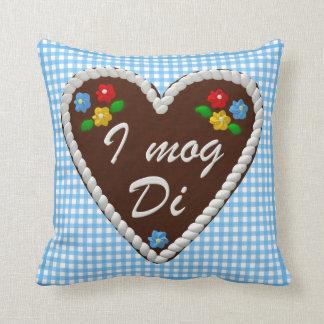 "Oktoberfest Heart ""I mog Di"" Throw Cushions"