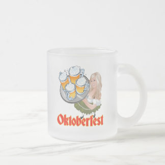 Oktoberfest Mädchen Frosted Glass Coffee Mug