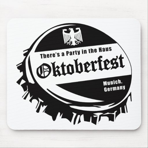 Oktoberfest Party in the Haus Mousepad