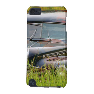 Old Abandoned Car in Field iPod Touch 5G Cover