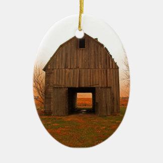 old barn ceramic oval decoration