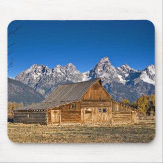 Old Barn, Grand Tetons... Mouse Pad