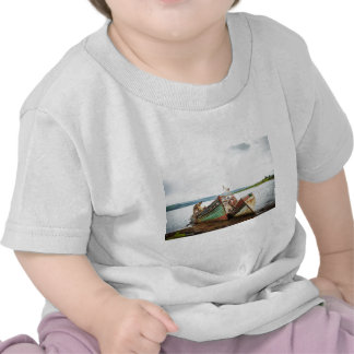 Old boats t-shirts