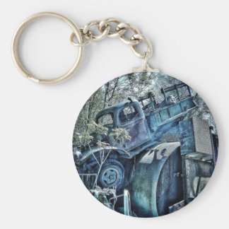 Old cars and junk yards, retro 01 keychain