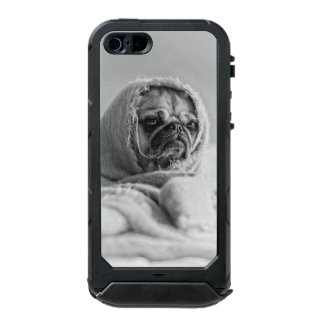 Old Country Pug Incipio ATLAS ID™ iPhone 5 Case