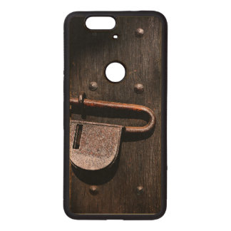 Old Door Latch Wood Nexus 6P Case