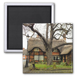 OLD ENGLAND 2 INCH SQUARE MAGNET