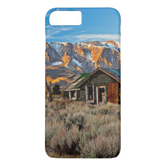 Old Farmhouse Along Hwy 395 In June Lake iPhone 8 Plus/7 Plus Case