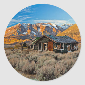 Old Farmhouse Along Hwy 395 In June Lake Round Sticker