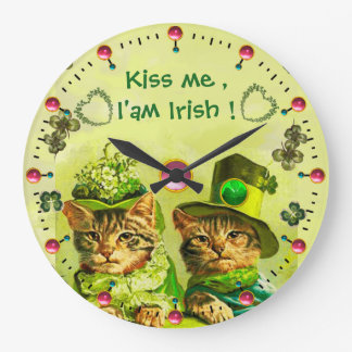 OLD FASHION ST.PATRICK'S CATS Kiss me I'am Irish Clocks