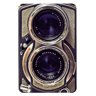 Old-fashioned camera rectangular photo magnet