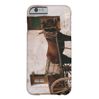 Old-fashioned horse-drawn cart barely there iPhone 6 case