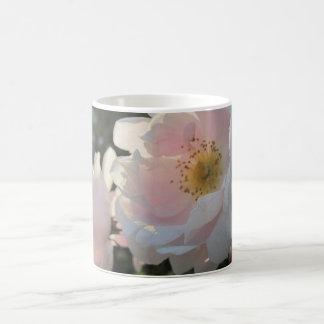 Old Fashioned Roses Basic White Mug