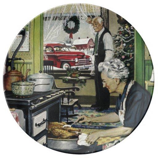 Old Fashioned Vintage Home Kitchen Christmas Porcelain Plates