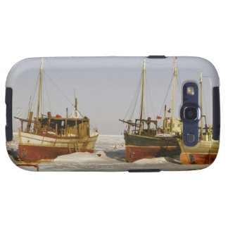 Old-fashioned, weathered fishing boats beached samsung galaxy SIII cases