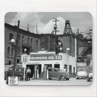 Old Gas Station, 1930s Mouse Mat