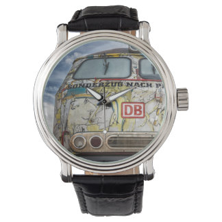 Old graffiti truck watch