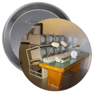 old historic tv studio 10 cm round badge
