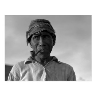 Old man at Aldridge Plantation – 1937. Postcard