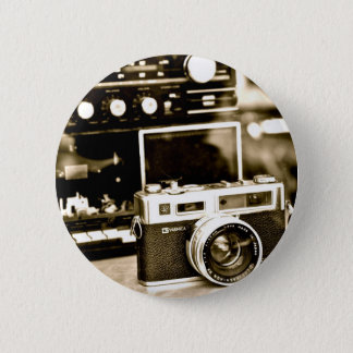 Old Photo Camera 6 Cm Round Badge