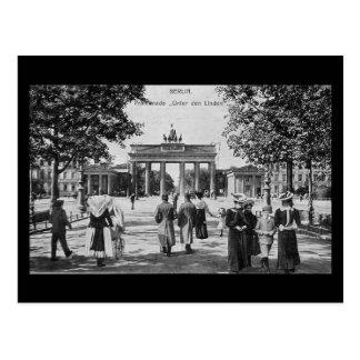 Old Postcard, Berlin, Unter den Linden