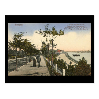 Old Postcard - Budapest, Banks of the Danube, 1916
