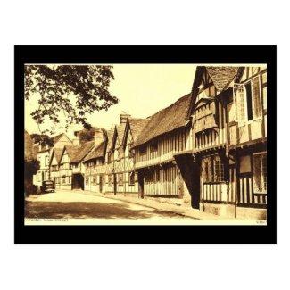 Old Postcard, Mill St, Warwick