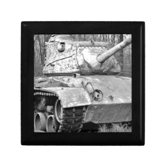 Old tank small square gift box